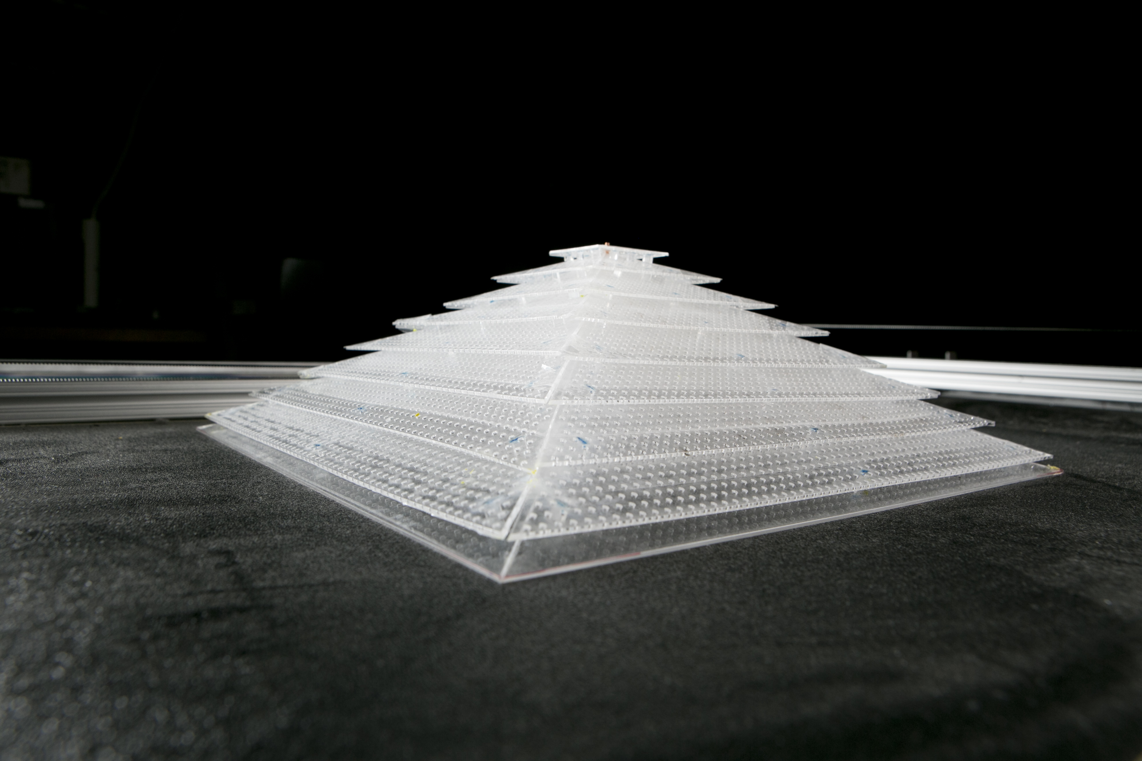 3-D acoustic cloaking device